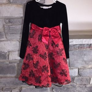 6X Christmas Dress Red and Black